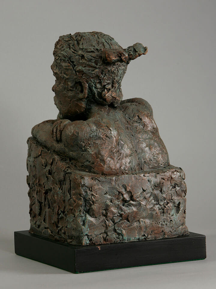 Japanese female bust with crossed arms looking over a wall rear view in resin cast by William Casper